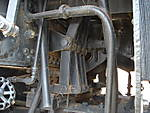 IC_1518_grate_shakers_under_cab