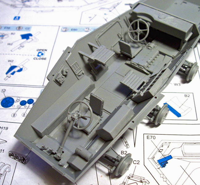Armorama :: Building DML's Sdkfz 234/3 by Ron Goins