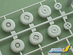 Airfix_Canberra_Wheels